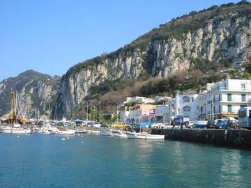 Der Hafen von Capri