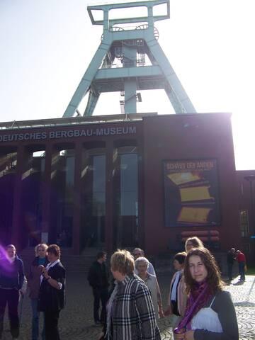das Wahrzeichen Bochums: der Doppelbock am Deutschen Bergbaumuseum