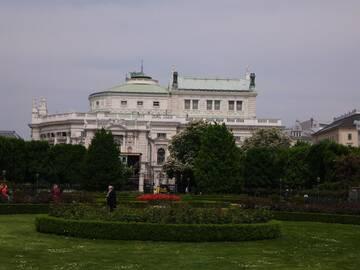 das Burgtheater, eine der bedeutendsten Bühnen Europas